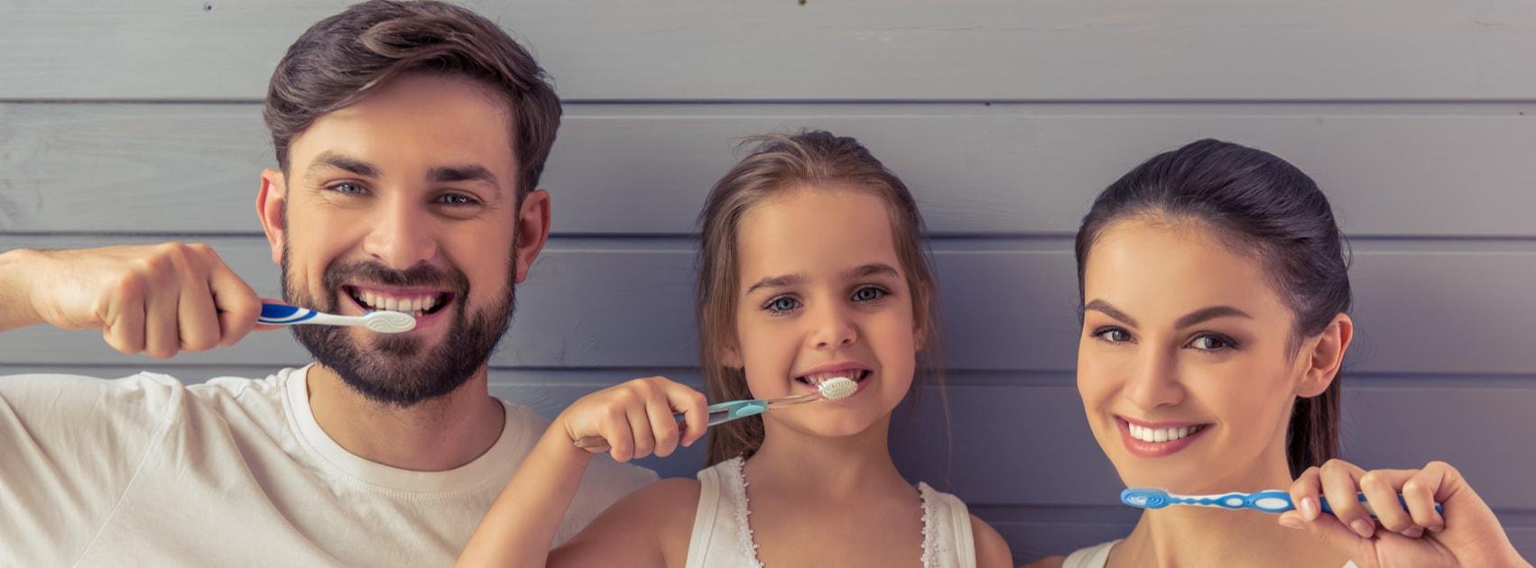 Seguro Dental Familia Adeslas Desde 10 50 Aseguramossalud