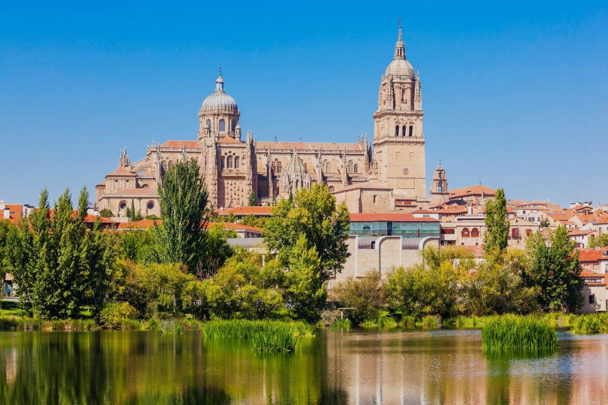Oficinas Adeslas Salamanca